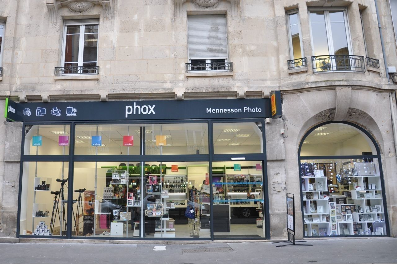 MENNESSON PHOTO PHOX - Commerce Reims - Boutic photo 1