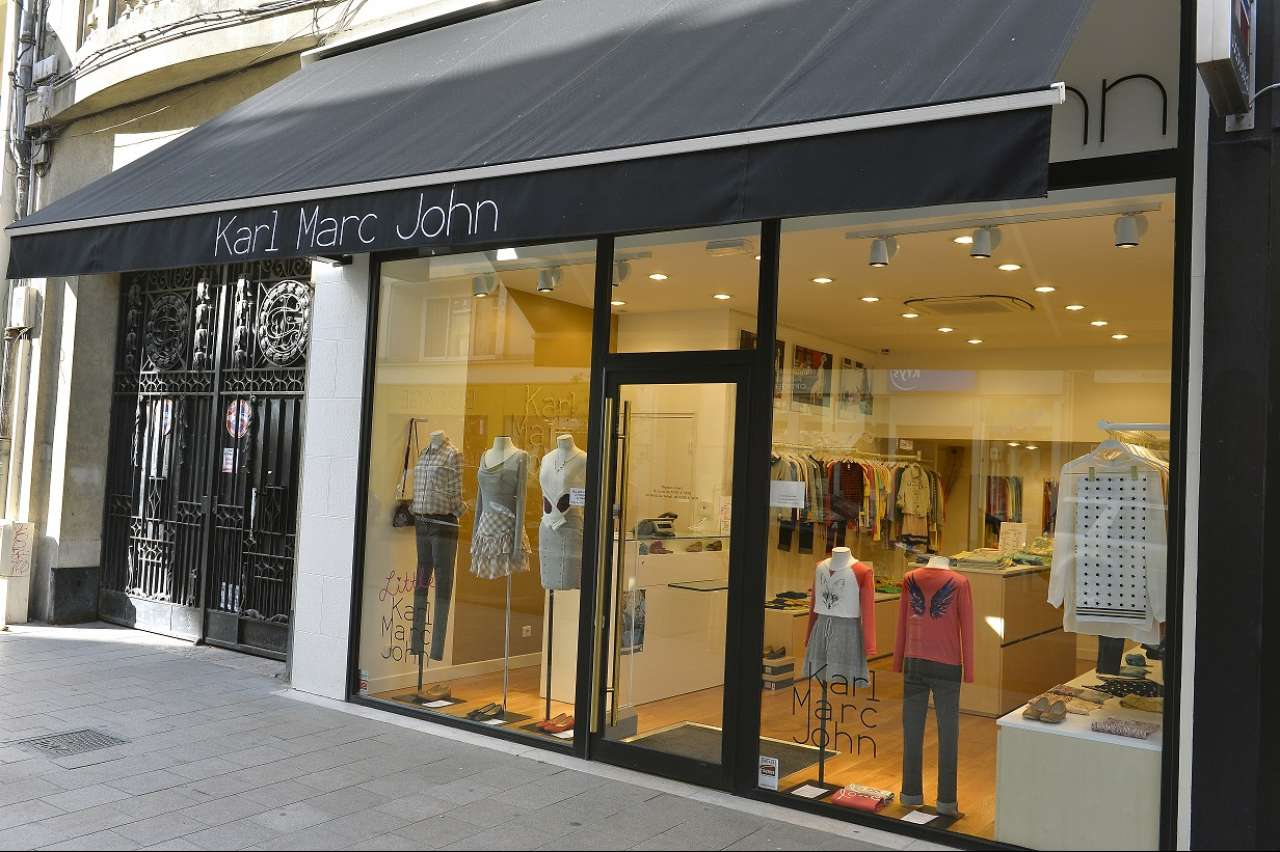 Karl marc john reims mode accessoires - Piscine talleyrand horaires ...