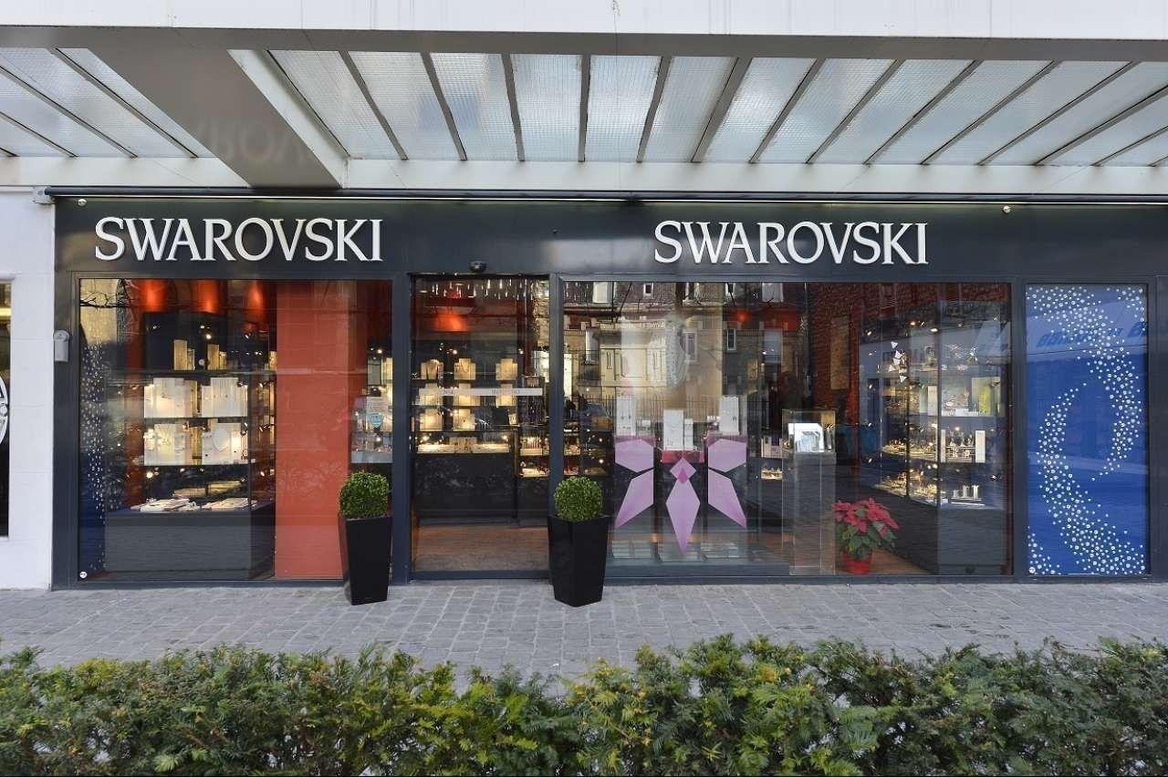 swarovski reims bijouterie horlogerie. Black Bedroom Furniture Sets. Home Design Ideas